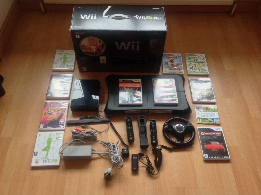 Wii fit plus black edition inc. 11 games and extra wifi controller all boxed