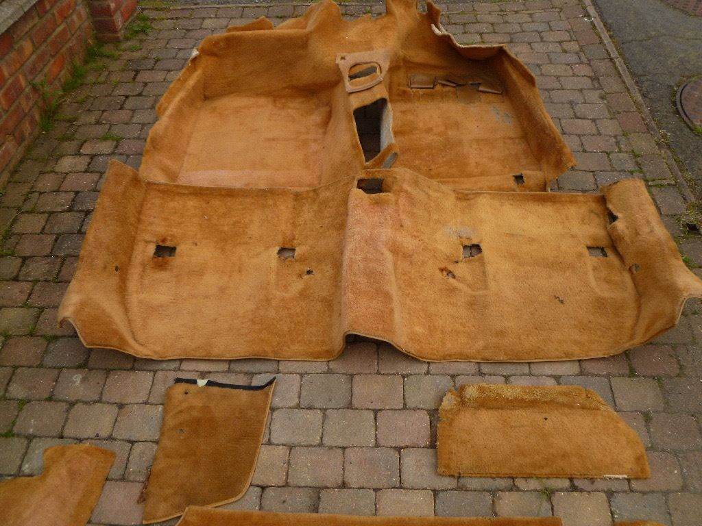 ?? Porsche 924 Turbo Full Carpet Set ??
