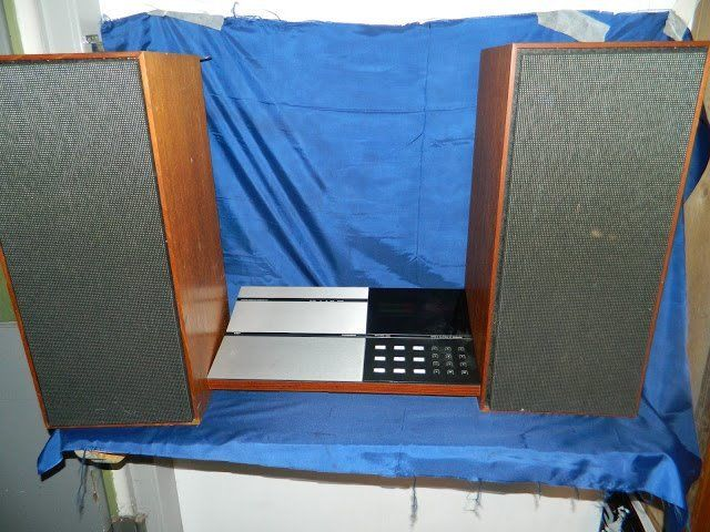 Bang and Oulfson Hi Fi and speakers