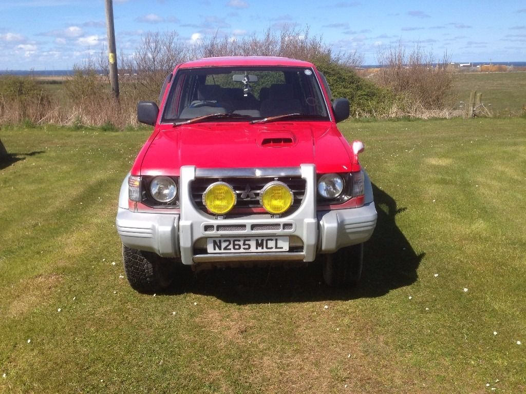 MITSUBISHI PAJERO 4X4 2.8 T/DIESEL AUTO. IN VGC. IDEAL EXPORT OR UK USE.