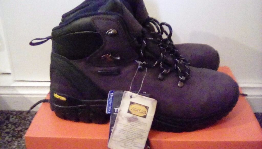 Trespass serena hiking boots