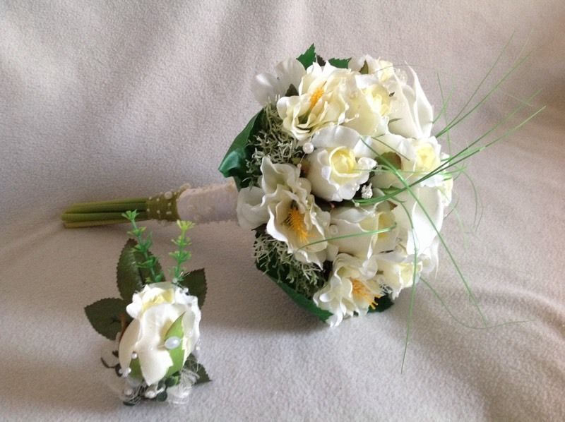 Beautiful handmade wedding bouquets