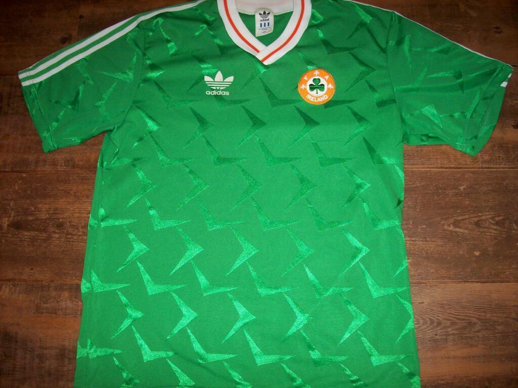 **WANTED** Republic of Ireland jerseys 1988 1990
