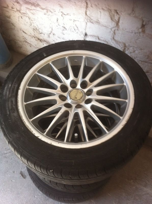 15 inch RipSpeed alloy wheels.
