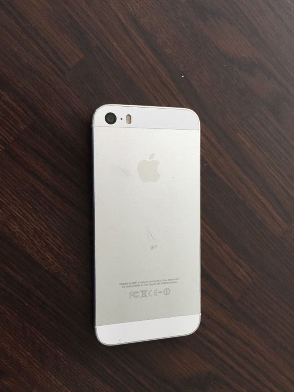 iPhone 5s for spares or repairs