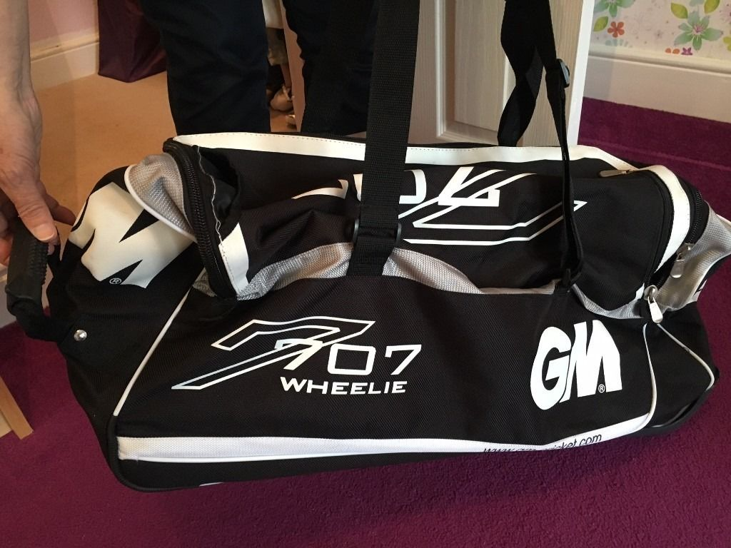 GM Cricket bag
