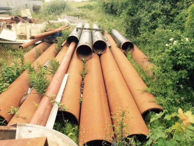 100m of 14inch steel pipes, would be ideal for water turbine
