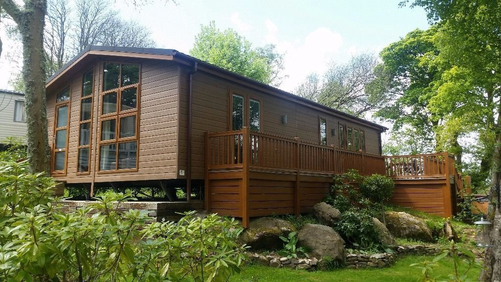 **STATIC CARAVAN FOR SALE NORTH WALES- LUXURY LODGE IN SNOWDONIA-SLEEPS 8 WITH DECKING AND HOT TUB**