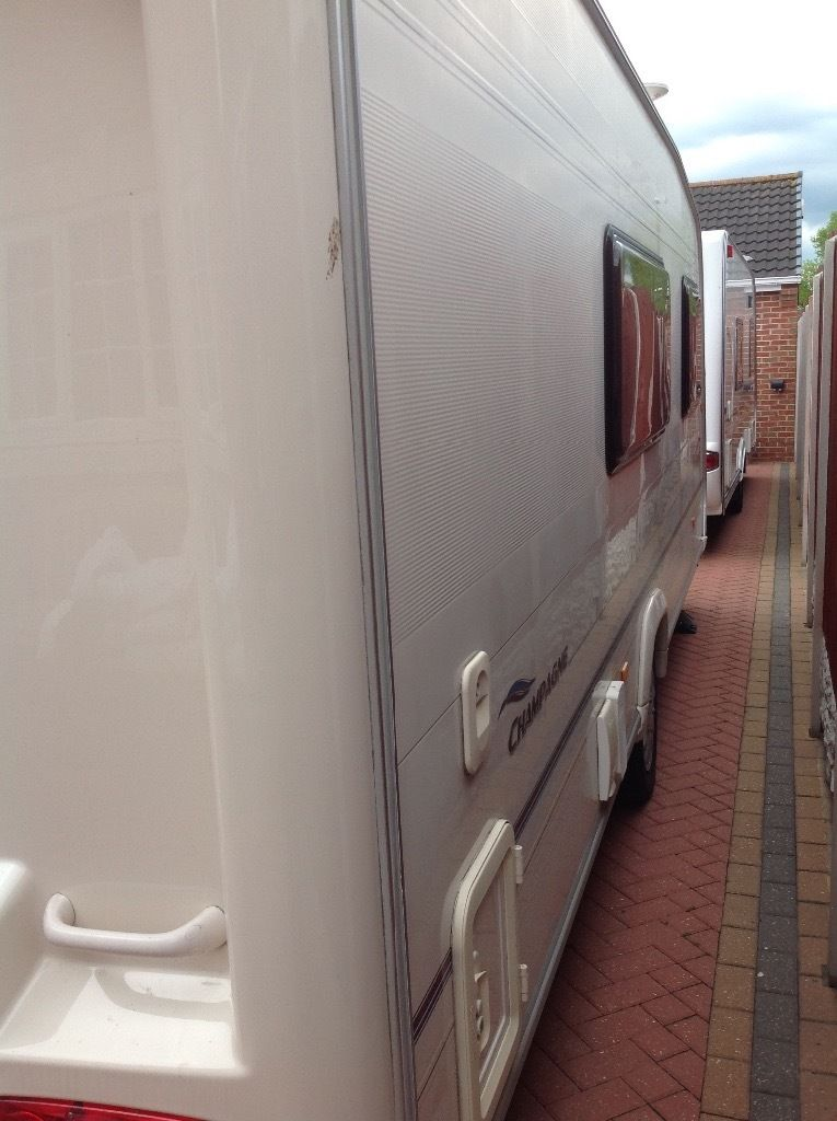 Bailey pageant champagne 2007 4 berth Motor mover