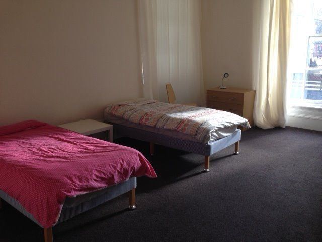 Large double room near Glasgow School of Art