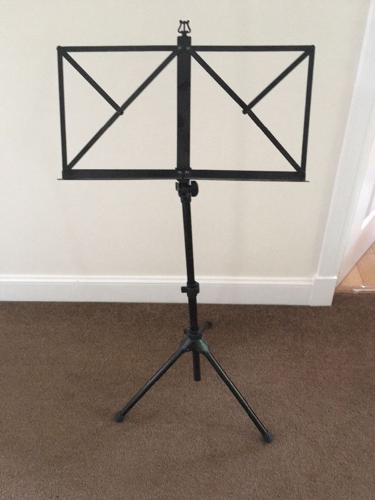 Metal adjustable folding music stand holder