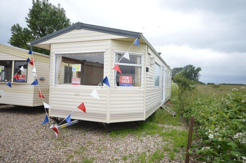 Static Caravan Steeple, Southminster Essex 3 Bedrooms 8 Berth BK Parkstone 2004