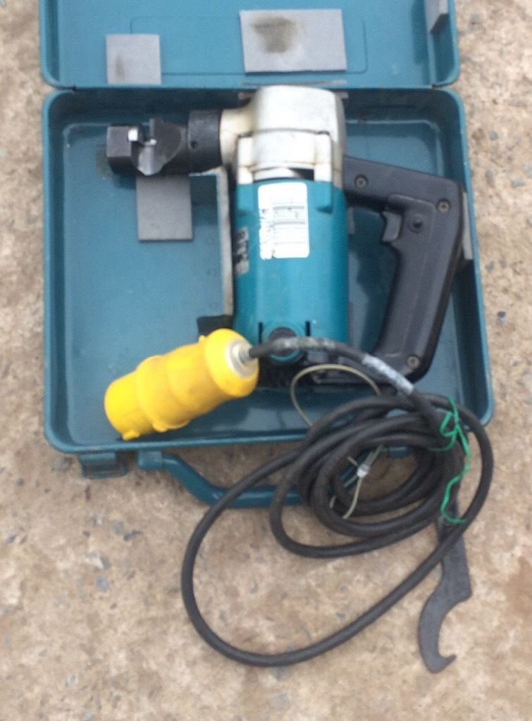 Makita metal nibbler 110v