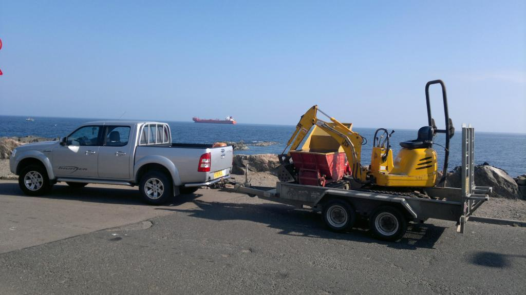 SELF DRIVE MICRO DIGGER / MINI DIGGER & PLANT HIRE OR WITH OPERATOR
