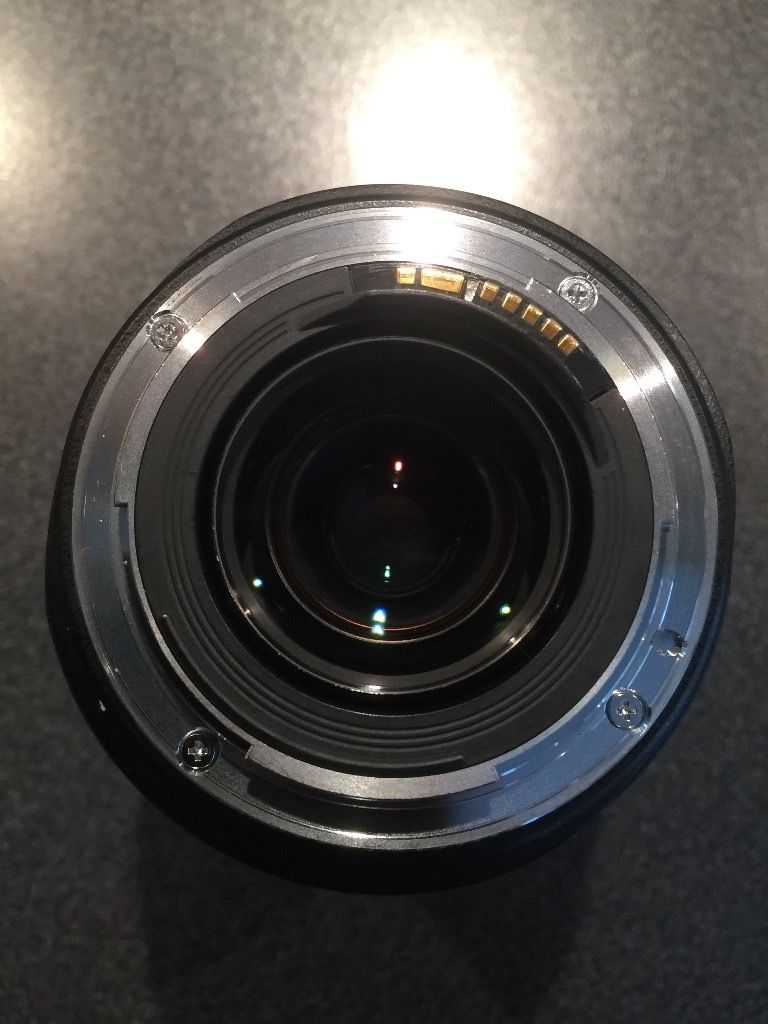 **REDUCED** Canon EF 70-300mm f/4.5-5.6 DO (Diffractive Optics) IS USM lens (Boxed)