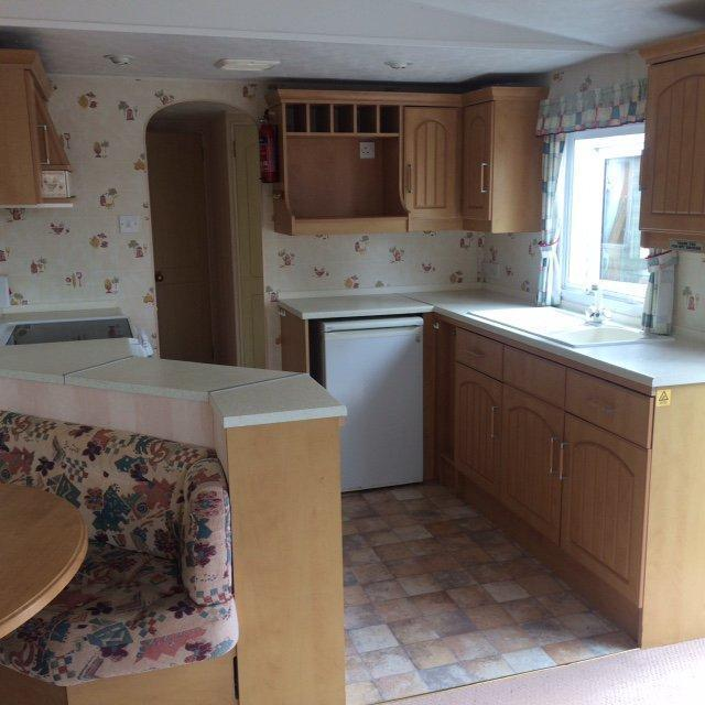 Static Caravan Nr Clacton-on-Sea Essex 2 Bedrooms 6 Berth Atlas Moonstone Super
