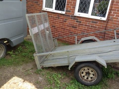 Trailer galvanised 8x5 trailer with drive up loading ramp