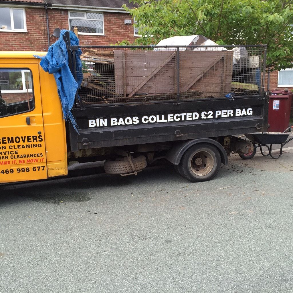 Waste movers your mobile skip on wheels !!! We collect your waste !!07469998677