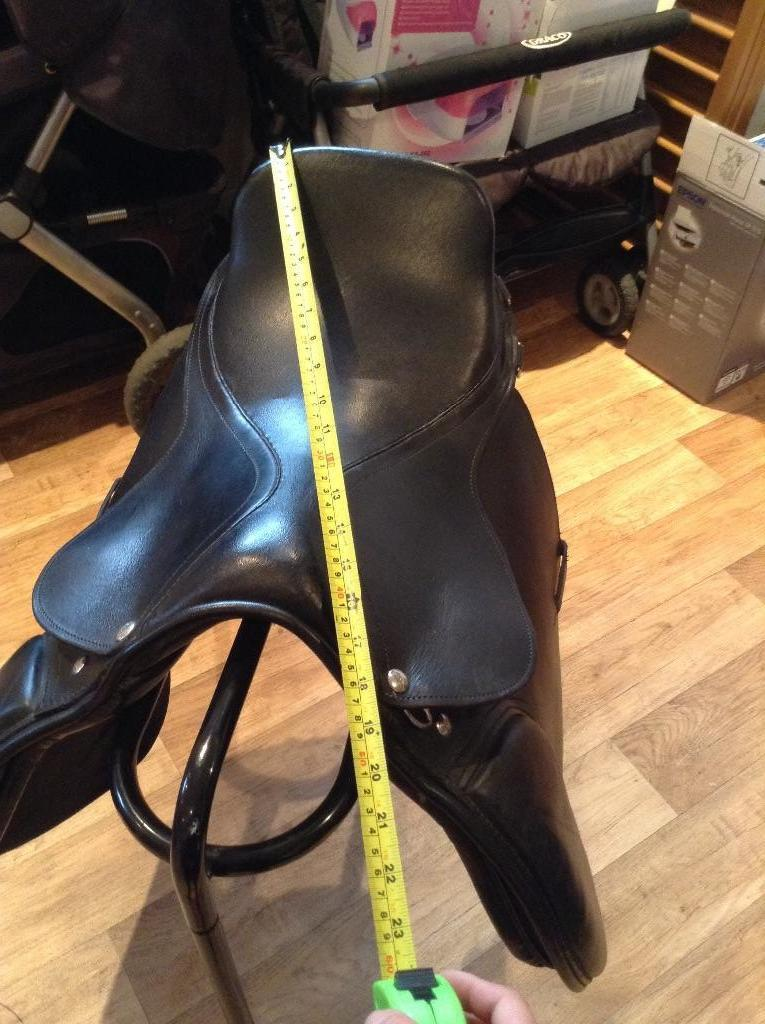 Gallop black leather saddle
