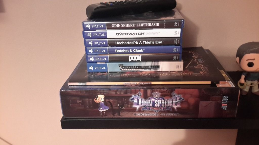 PS4. Uncharted Limited Edition Console Plus Games.