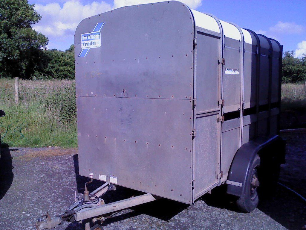 10 x 5 ifor williams cattle trailer, lights and brakes working, good condition