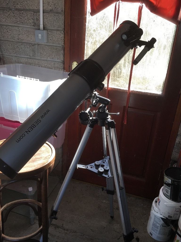 Large telescope in excellent condition