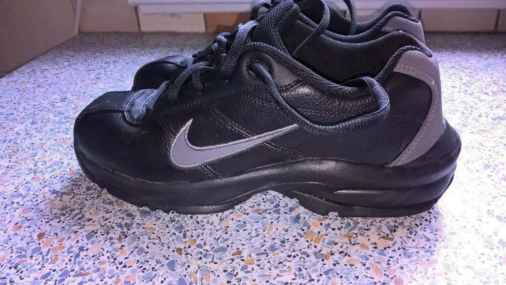 Nike Black Golf Shoes Kids size 3