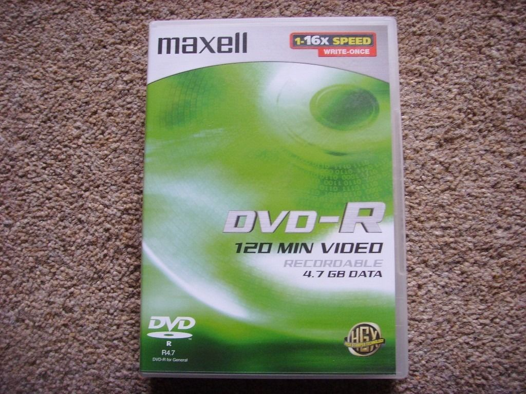 12 Maxell DVD-R discs - New [most sealed]