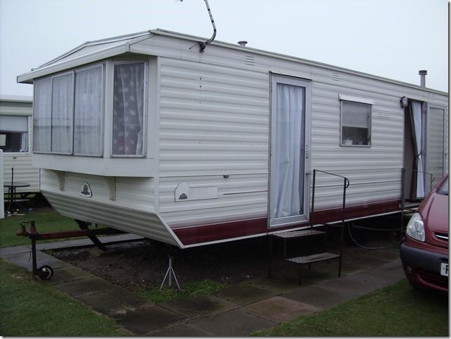 6 Berth, pet friendly, caravan for hire. Mablethorpe