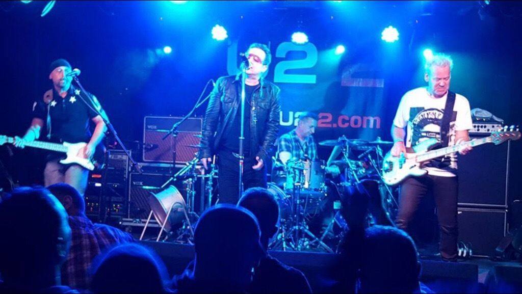 U22 the official u2 tribute band require Bono alike