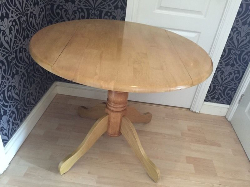 Solid Wood Round Table with 2 Chairs