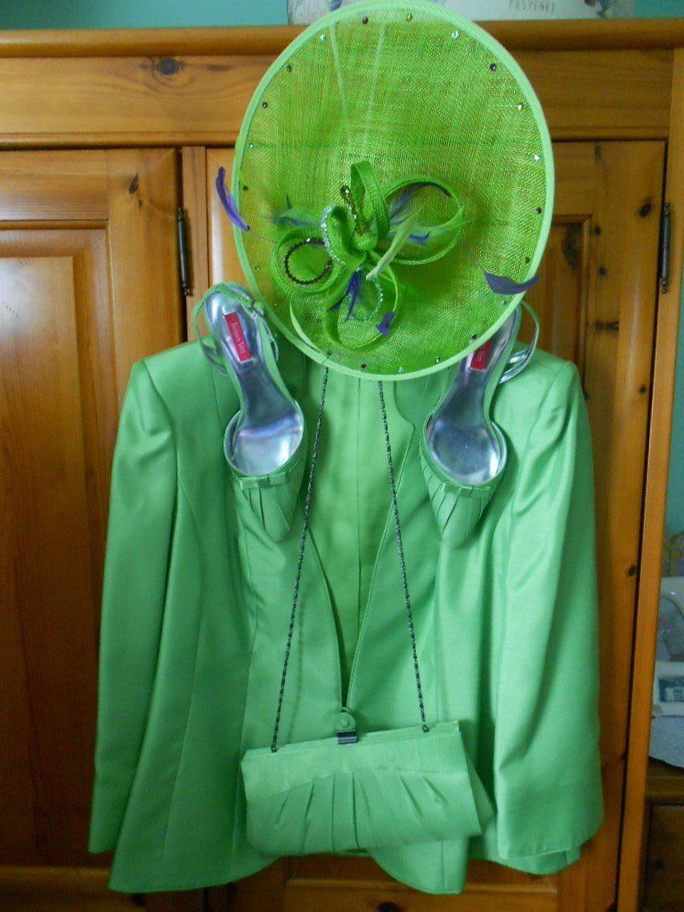A Jacques Vert Outfit and Handbag