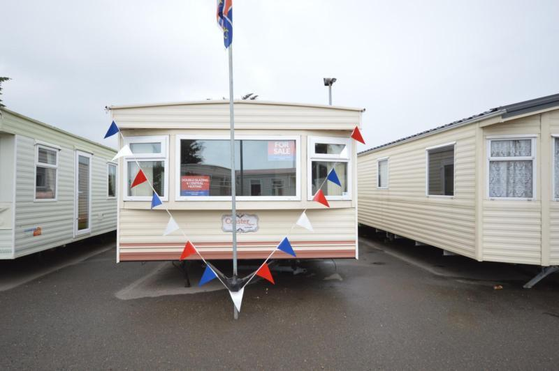 Static Caravan Nr Clacton-On-Sea Essex 2 Bedrooms 6 Berth Cosalt Coaster 2002