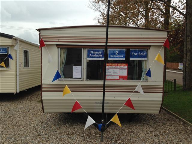Static caravan for sale 2001 at Waterside at St Lawrence Bay, Nr Maldon, Essex