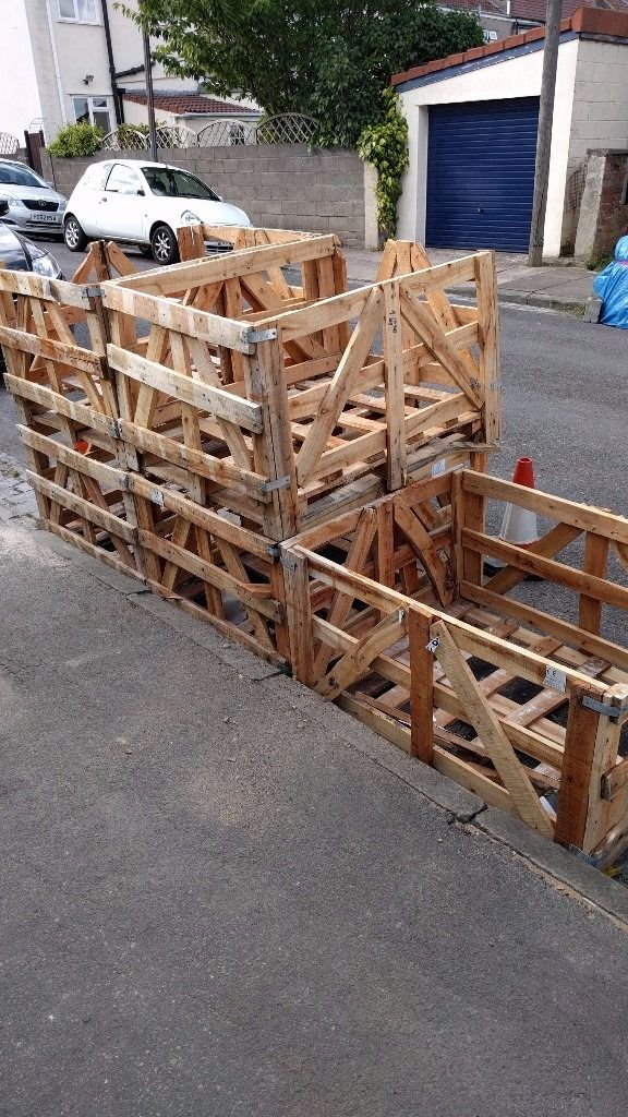 Free crates / pallets
