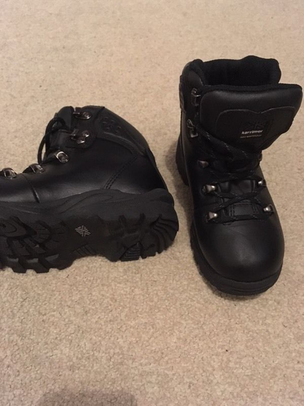 Infant Karrimor hiking boots size 10, excellent condition!