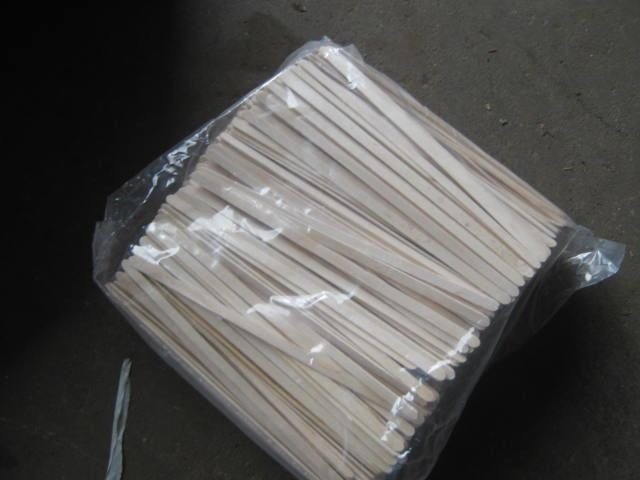 JOB LOT OF 19CM LONG WOODEN HOT DRINK STIRRERS