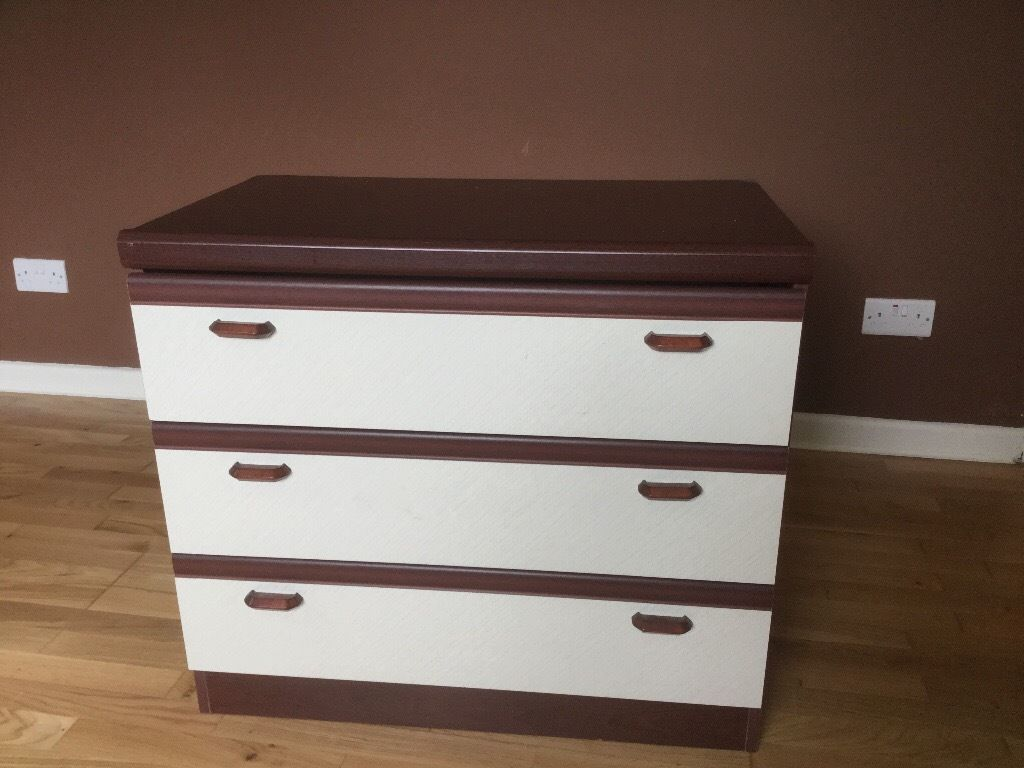 Chest of 3 draws