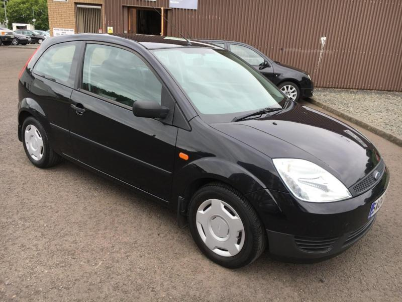 0404 Ford Fiesta 1.25 Finesse Black 3 Door 77589mls