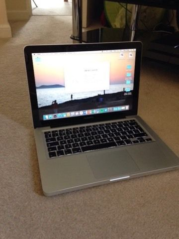 MacBook Pro (mid 2010) 2.66 ghz core 2 duo processor 500gb hard drive 4gb memory