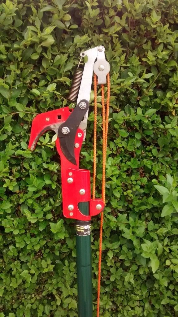 Telescopic Tree Pruners