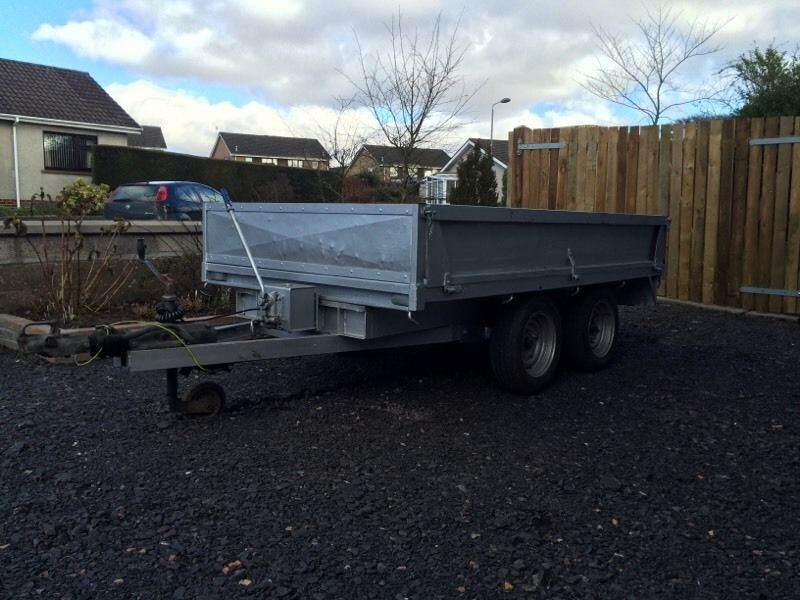 Tipping trailer 8x5 forsale price reduced