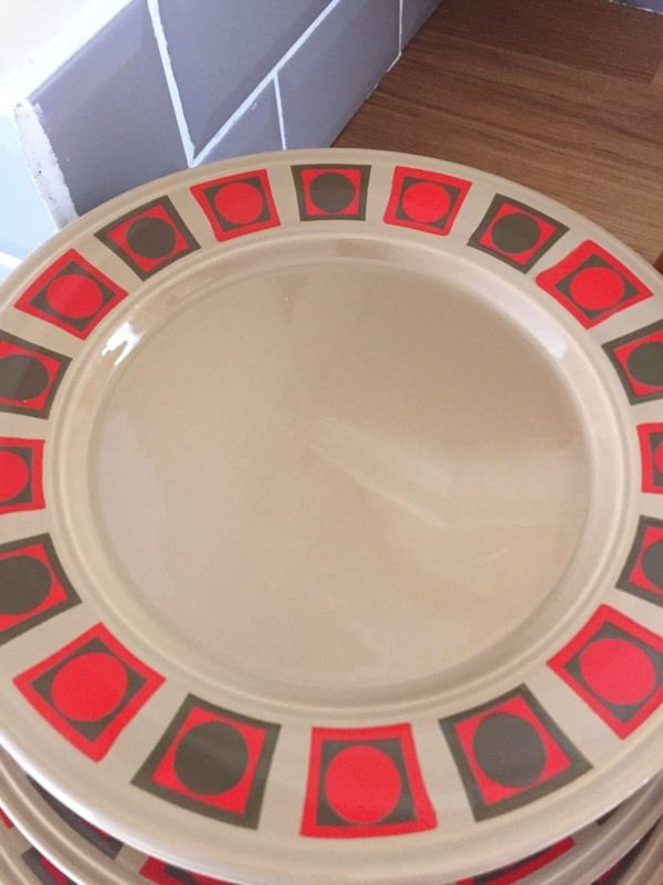 Retro Staffordshire kiln dinner set