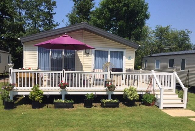 Lodge for sale at Weeley bridge - 2 years old with deck 2 bedroom - stunning