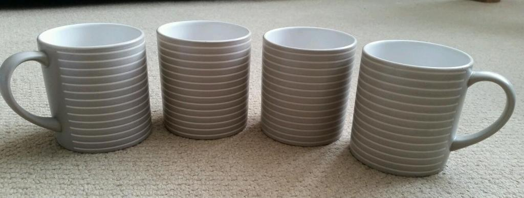 4 denby sand stripe cups/mugs