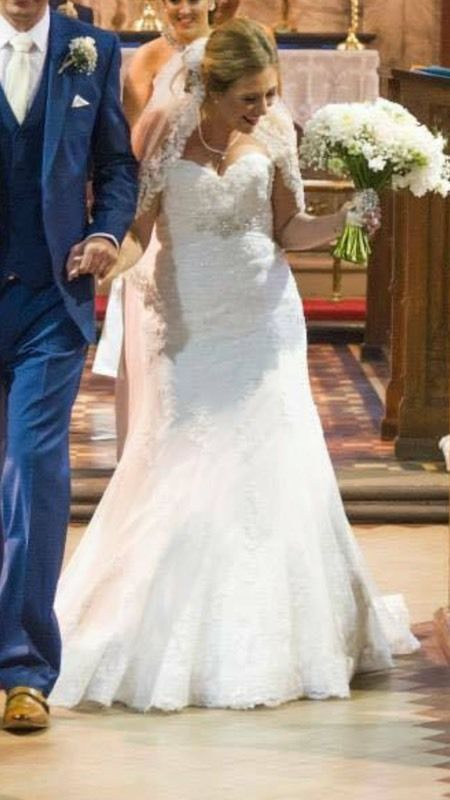 Size 12 fish tail wedding dress