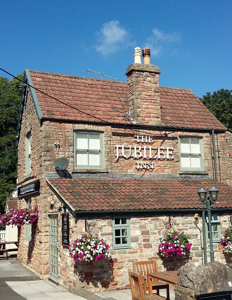 PART & FULL TIME Bar/Waiting Staff Position Available, Flax Bourton, BS48 3QX
