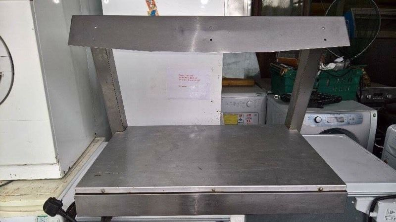 Lincat hot plate bed with halogen canopy