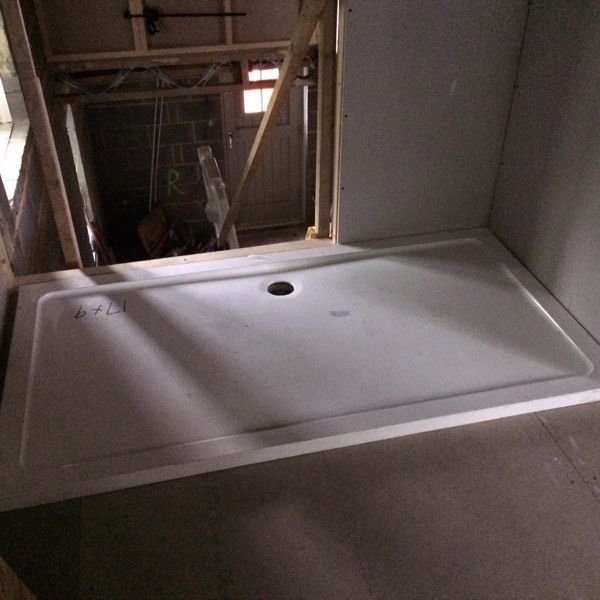 1700x900 shower tray