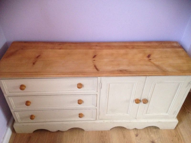 Shabby chic side board, tv unit